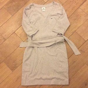 Euc lacoste dress size 40